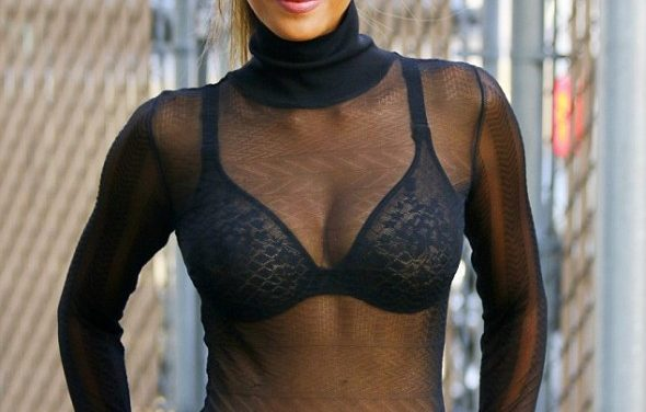 Halle Berry Wearing The Sexiest Bra Ever